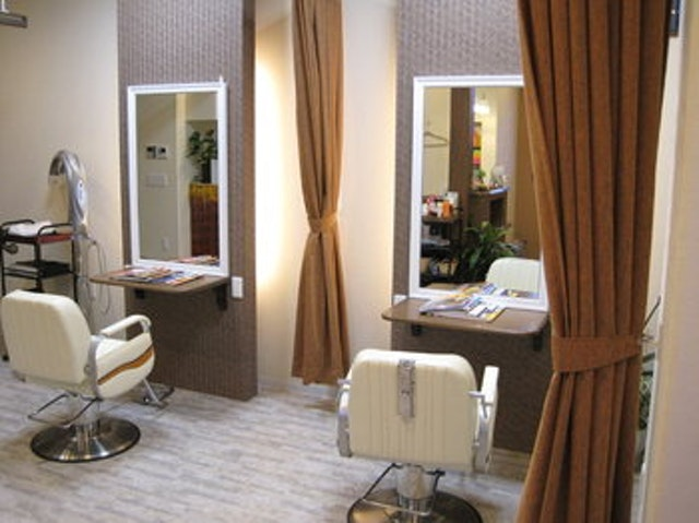 hair salon Flat