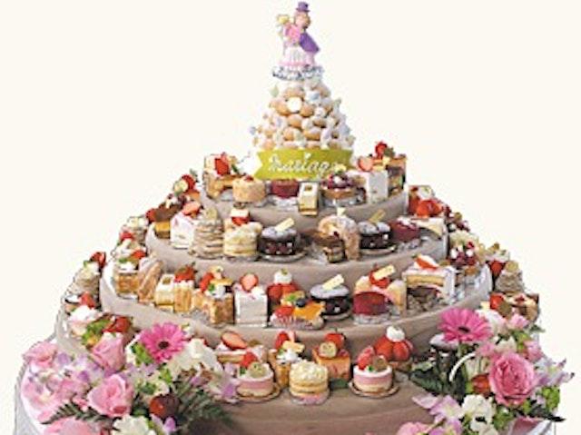 16区のオリジナルウエディングケーキ